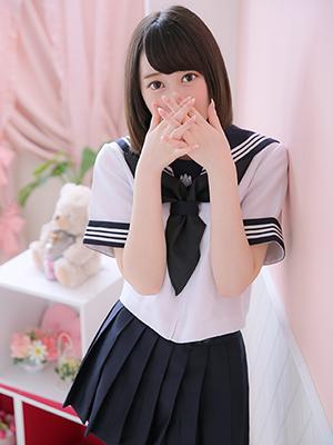 色白クビレのスレンダー美少女(*´艸`*)
